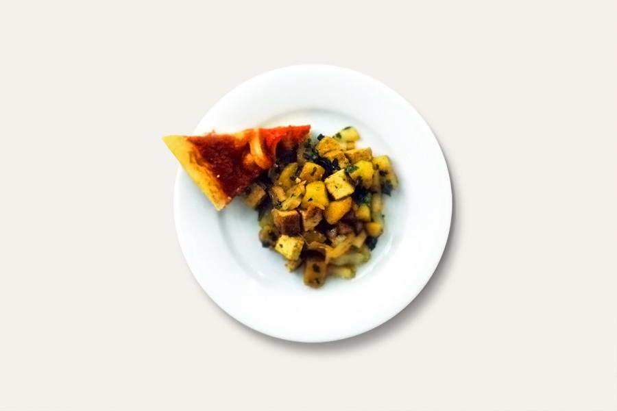 Tofu-Mangold-Mix mit Pizzakuchen